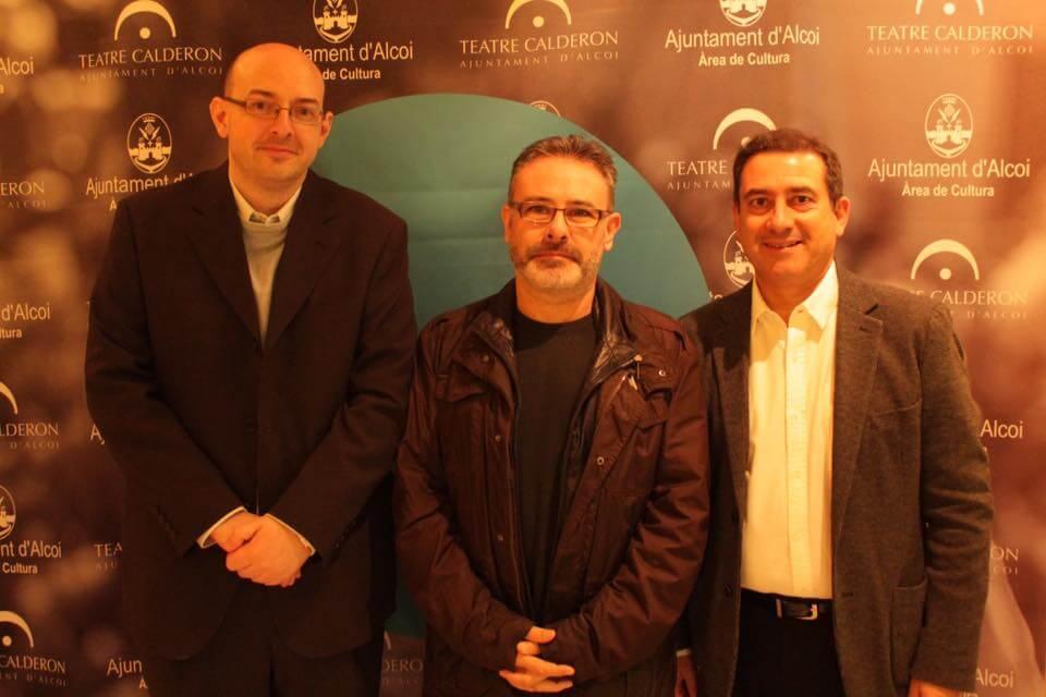 Roberto García gana el XLII Premi de Teatre Ciutat d'Alcoi con Entretindre i tindre