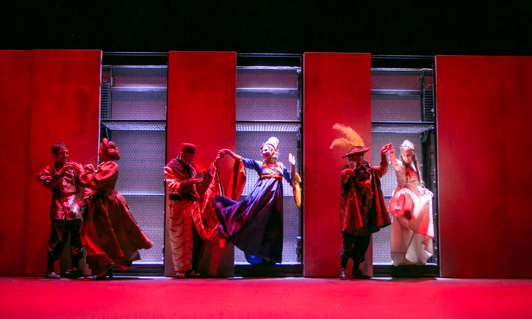 14-ROMEO-Y-JULIETA-Teatro-clasico-de-Sevilla_b