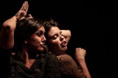 12-LLUM-TRENCADA-Iguana-Teatre-1
